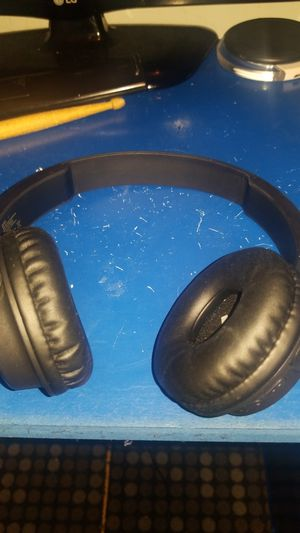 ONN wireless stereo headset for Sale in Lowell, MA
