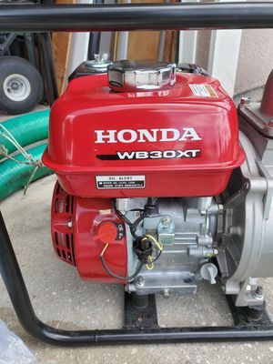 Honda water / trash pump for Sale in Palm Bay, FL
