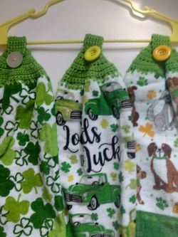 St Paddy's Towels for Sale in Belleville,  MI