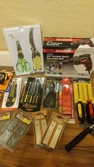 Power drill bundle accessories for Sale in Phoenix, AZ