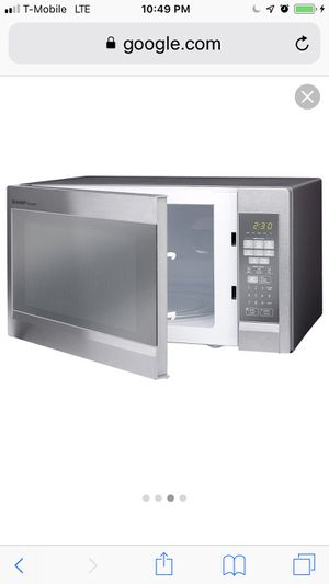 Sharp R551ZM 1.8 Cu. Ft. 1100 Watts Sensor Technology Microwave Oven Stainless Steel for Sale in Nashville, TN