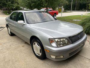 1999 Lexus LS400 CLEAN TITLE for Sale in Mount Laurel Township, NJ