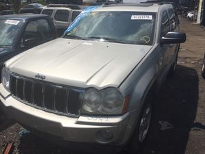 Jeep cherokee limited 2007 parts out text for Sale in Opa-locka, FL