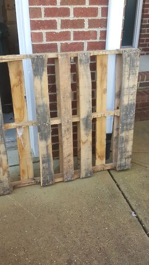 Free pallet for Sale in Durham, NC