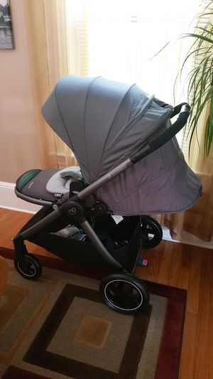 Maxi Cosi Adorra Stroller for Sale in West Springfield, MA