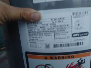 Water heater 40 gallons good conditions STILL UNDER WARRANTY for Sale in Pomona, CA
