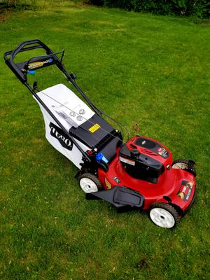"""Toro 22"""" Personal Pace with Spin-Stop Lawn Mower for Sale in Hillcrest Heights, MD"""
