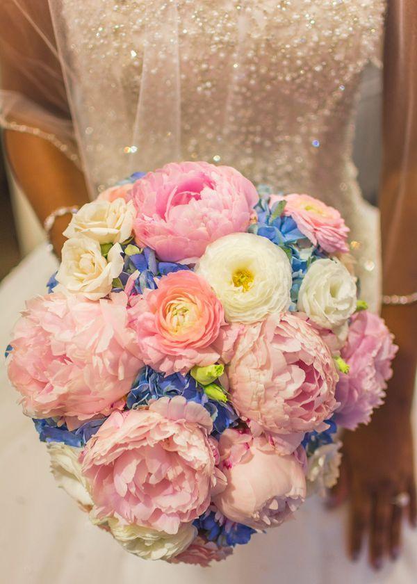 Beautiful Pnina Tornai Wedding Dress!