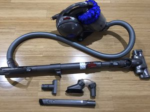 Dyson DC47 Animal Ball Compact Bagless Canister Vacuum for Sale in Plymouth Meeting, PA