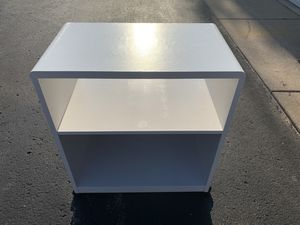 Refinishing book shelf-H-30-W-15.5-L-26 for Sale in Kentwood, MI