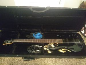 Bass and amp for Sale in East Wenatchee, WA