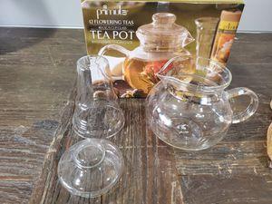 Teapot glass 5 cups tea infuser tea pot with lid for Sale in Pembroke Park, FL