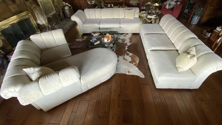 6 Piece Cream Sectional- Great condition! for Sale in Washington,  PA
