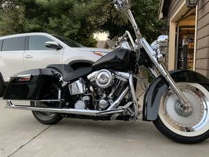 Trade or sell 99 Harley Davidson Heritage softail bagger for Sale in Clovis, CA