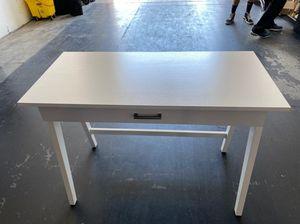 White Kids Desk w/ Storage Drawer for Sale in Las Vegas, NV