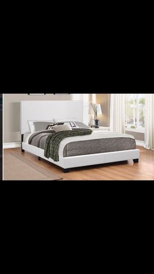 Queen bed frame with mattress included 300$ everything complete bed delivery available for Sale in Norridge, IL