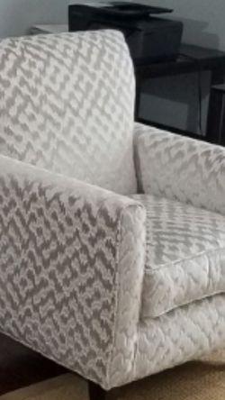 Accent Chair $ 150.00 for Sale in Lorton,  VA