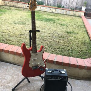 Starcaster Fender Guitar With Amp for Sale in San Diego, CA