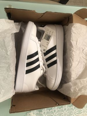 Adidas CF advantage (womens/size 7.5)(brand new) for Sale in Brooklyn, NY
