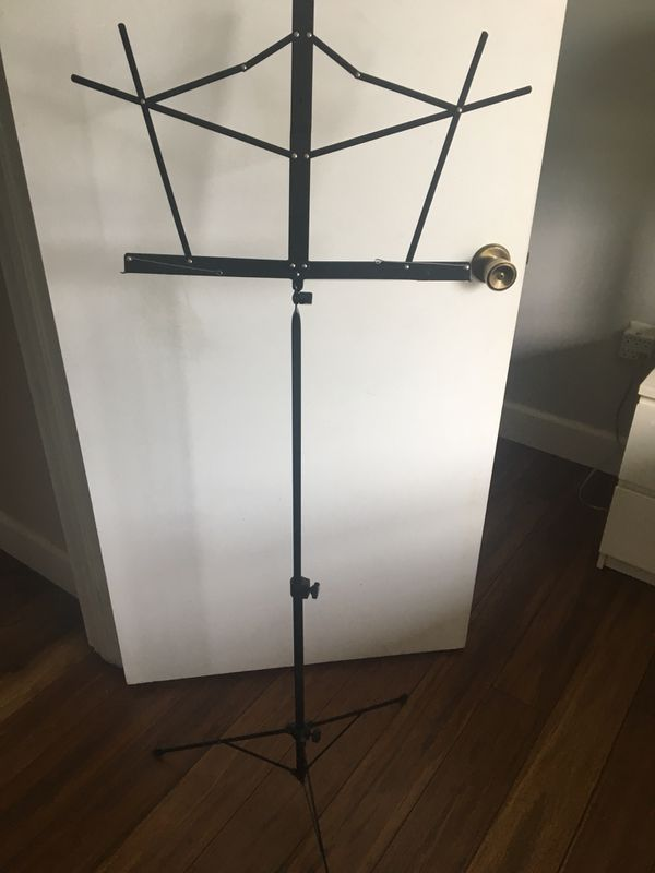 Music sheet stand for instruments