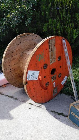 Wooden spool for Sale in FL, US