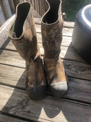 Waterproof boots # men's 9 for Sale in Cicero, IL