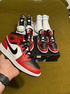 Jordan 1 mid black toe sz. 5 and 5.5 for Sale in Modesto, CA