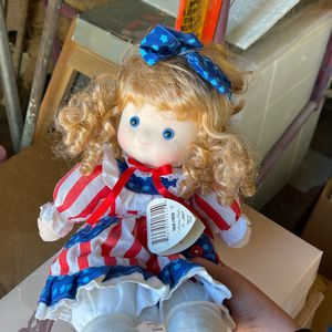 Musical Motion Dolls - Liberty for Sale in Scottsdale, AZ