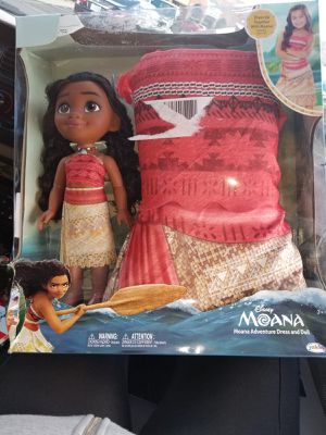 Moana doll and dress up for Sale in Phoenix, AZ