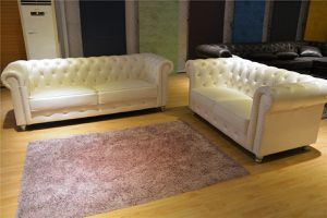 White Chesterfield sofa loveseat set for Sale in Baltimore, MD
