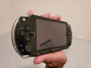 PSP 1000 64gb Modded + Carry Bag + Charger for Sale in Tampa, FL