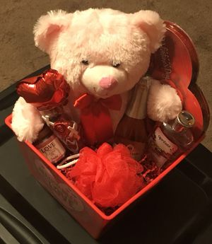Valentines Baskets By Phil for Sale in Collinsville, IL