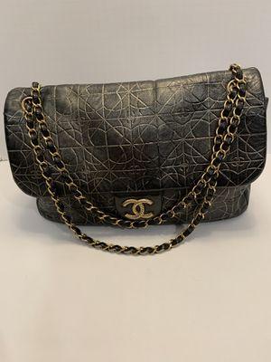 Authentic Chanel calfskin metallic black gold flap shoulder bag for Sale in San Diego, CA