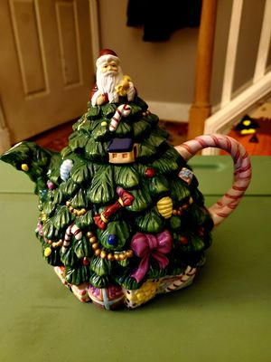 Ceramic tea pot for Sale in Lynn, MA