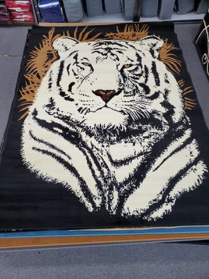 White tiger design are rug brand new 5x7 foot for Sale in Salem, OR