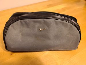 Nike Travel and Beauty Bag for Sale in Phoenix, AZ
