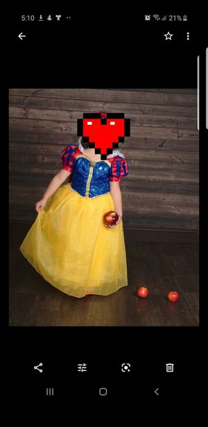 Snow white deluxe costume size 9/10 for Sale in Hialeah, FL
