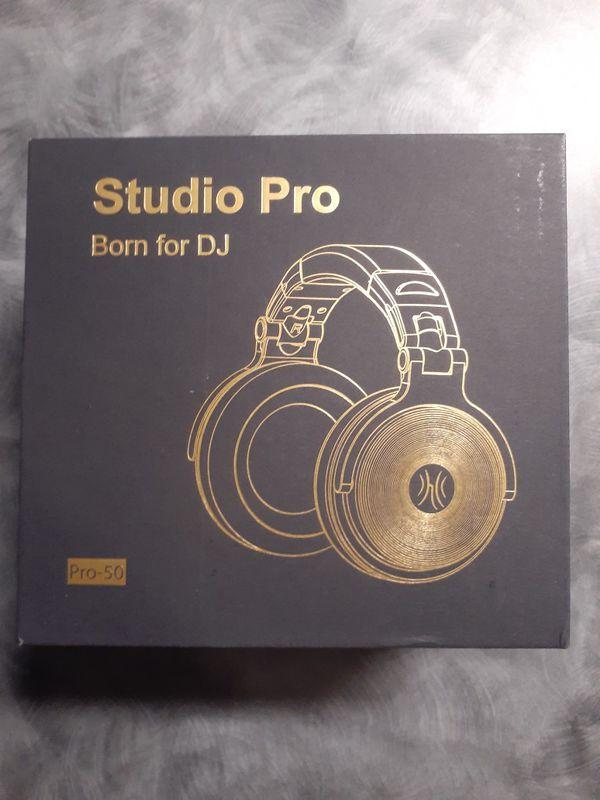 Studio pro head phones