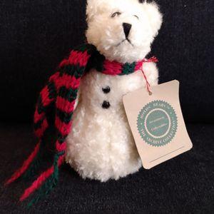 "Christmas Boyd's Bears white snowmen bear Red & green scarf 5"" tall for Sale in Belleville, MI"