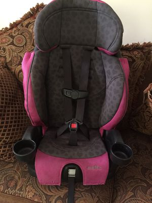 Pink Evenflo Chase LX Booster Car seat for Sale in Raleigh, NC