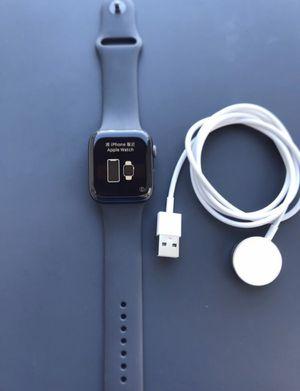 Series 4 Apple Watch for Sale in Los Angeles, CA
