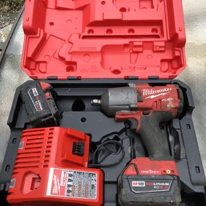 1/2 Inch Milwaukeee Impact Wrench for Sale in Puyallup, WA