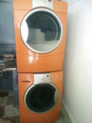 Kenmore Elite Washer and Gas Dryer for Sale in Chicago, IL