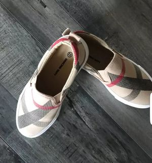BURBERRY TYPE SHOES for Sale in Santa Ana, CA