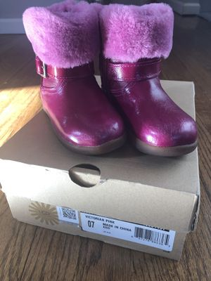 UGG girls boots. for Sale in Parsippany, NJ