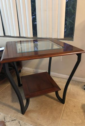 End Table for Sale in San Diego, CA