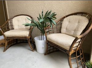 VINTAGE Wicker Porch Chairs for Sale in Clovis, CA