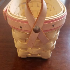 Longaberger Breast Cancer Basket 2005 for Sale in Oak Forest, IL