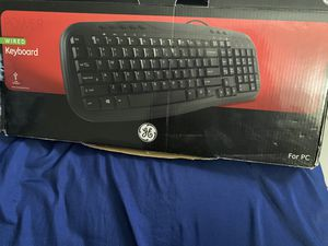 Keyboard with wireless mouse for Sale in Hollywood, FL
