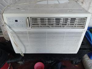 25 BTU air conditioner for Sale in Port Richey, FL
